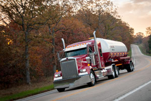 Kenworth-tanker-fall-Modot
